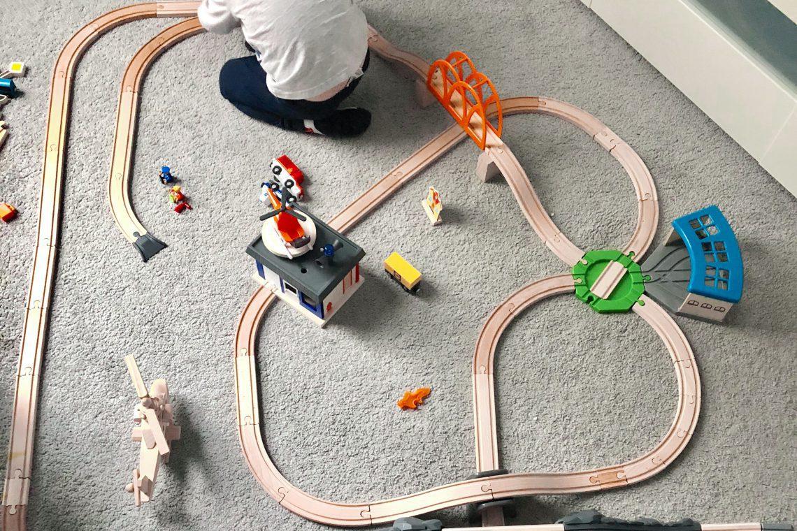 Jak ograniczyć ilość zabawek w domu, przed świętami?